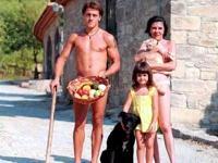 Is nudity permitted in Spain - Esta permitido el nudismo en Espana